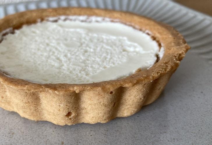 ファミリーマートファミマスイーツコラボレーションデザートスイーツレアチーズタルトチーズ好きエヴァンゲリオン