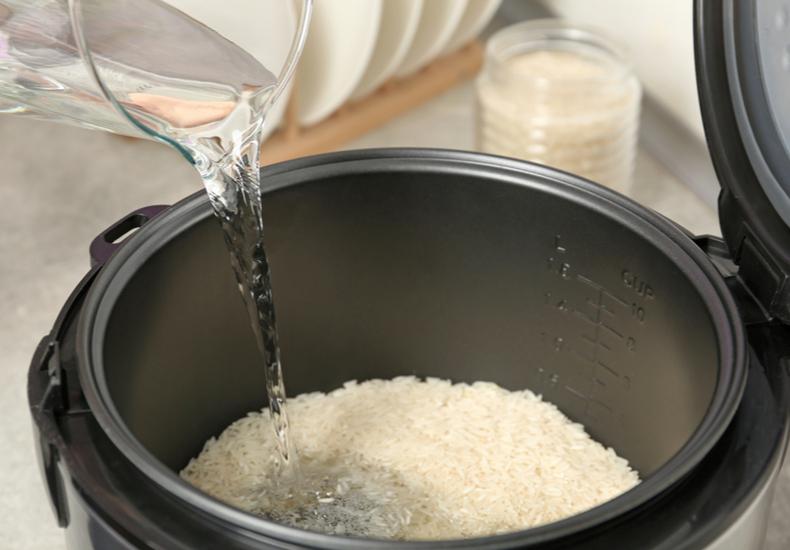 炊飯器 おすすめ炊飯器選び方選ぶ方法ポイント種類加熱方式内釜の種類サイズチェックしたいポイント高級炊飯器IH式圧力IH式マイコン式ガス式ご飯をおいしく炊くコツ炊き方