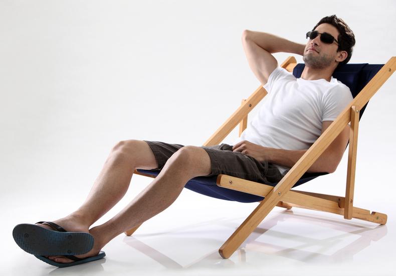 デッキチェア おすすめ 特徴 選び方 ポイント 折りたたみ椅子