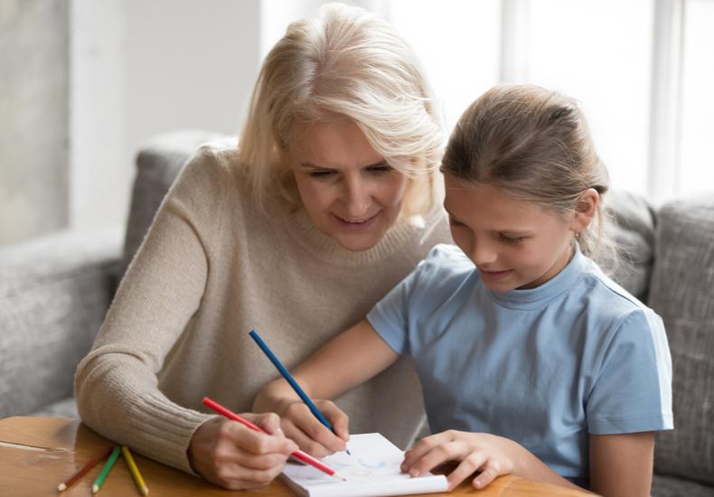 時間がない ママ 仕事 家事 両立 時短 サービス 祖母 サポート