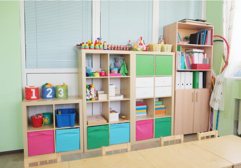 おもちゃ 収納 棚 アイディア
