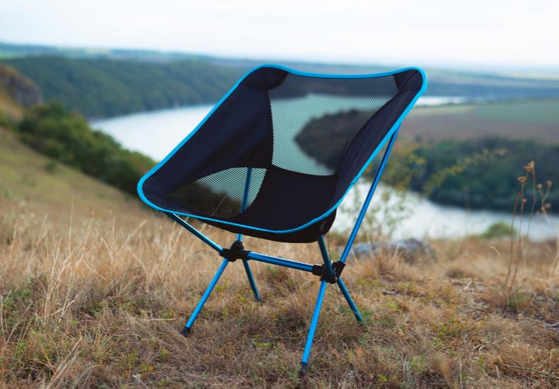 折り畳み椅子 軽量 コンパクト 持ち運び