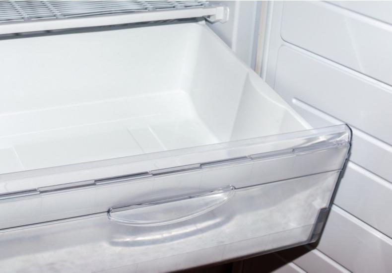 冷蔵庫 臭い なぜ におい 理由 原因 パーツ 掃除 簡単 トレイ 製氷器