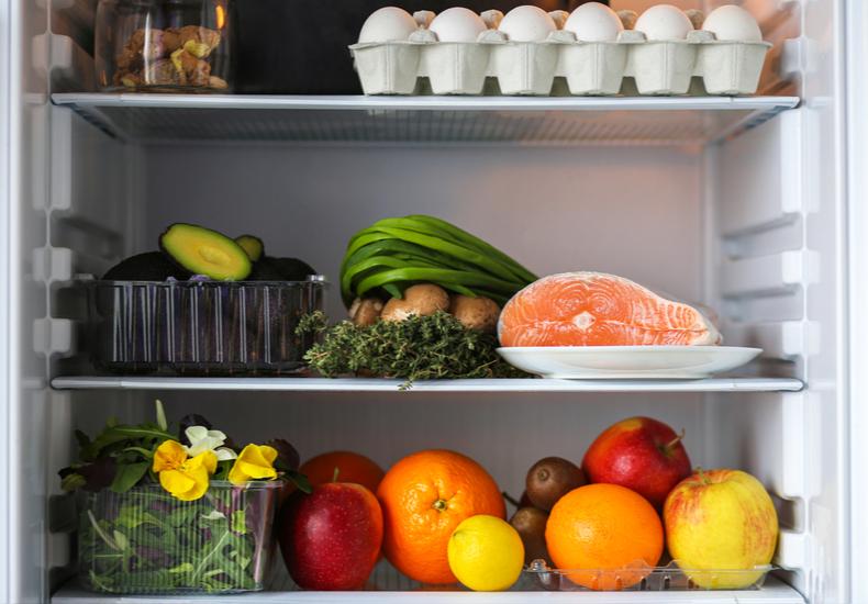 冷蔵庫 買い替え タイミング 電気代 家族の人数 いつ
