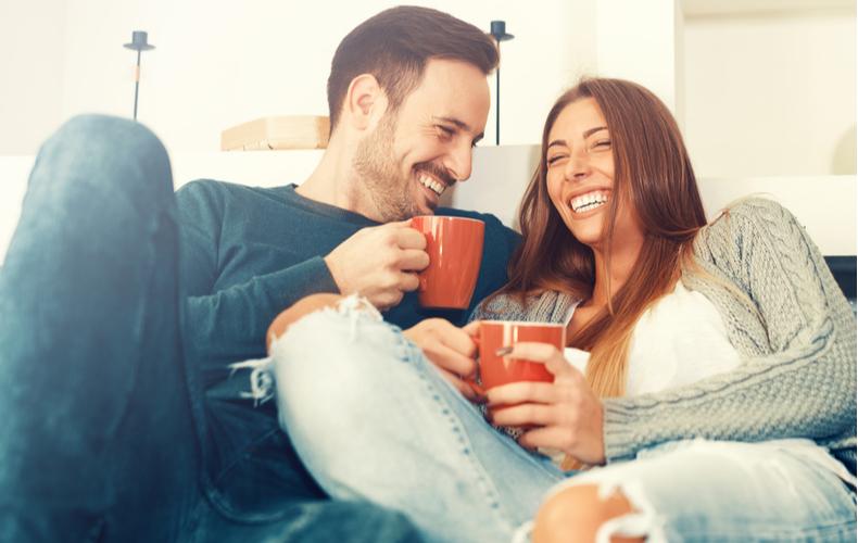 結婚前 同棲 とは 意味 メリット お金