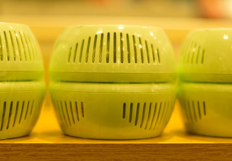 冷蔵庫 臭い なぜ におい 理由 原因 予防 対策 防止 消臭剤 おすすめ