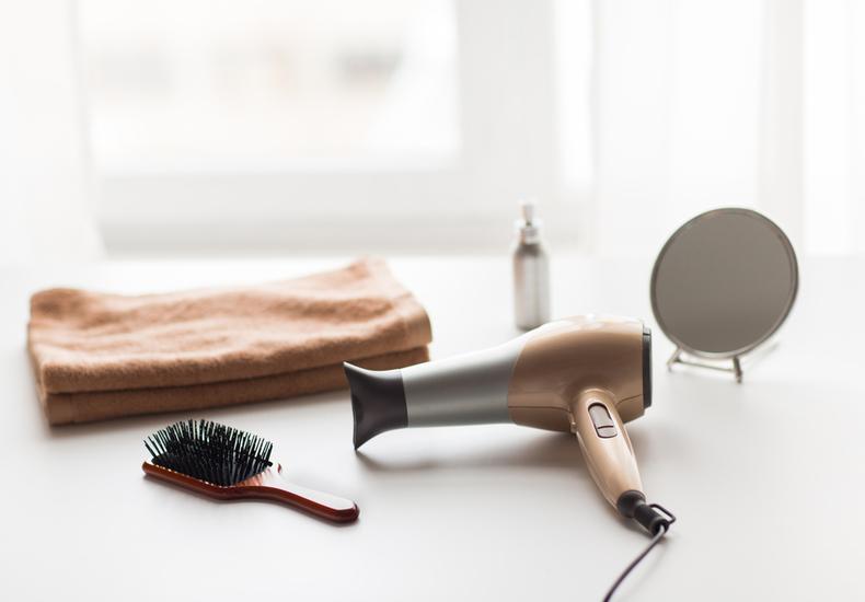 髪の毛 早く乾かす 方法 便利グッズ おすすめ