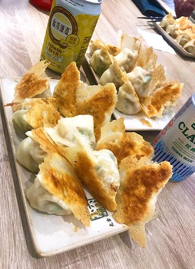 台湾 餃子 焼き餃子 水餃子