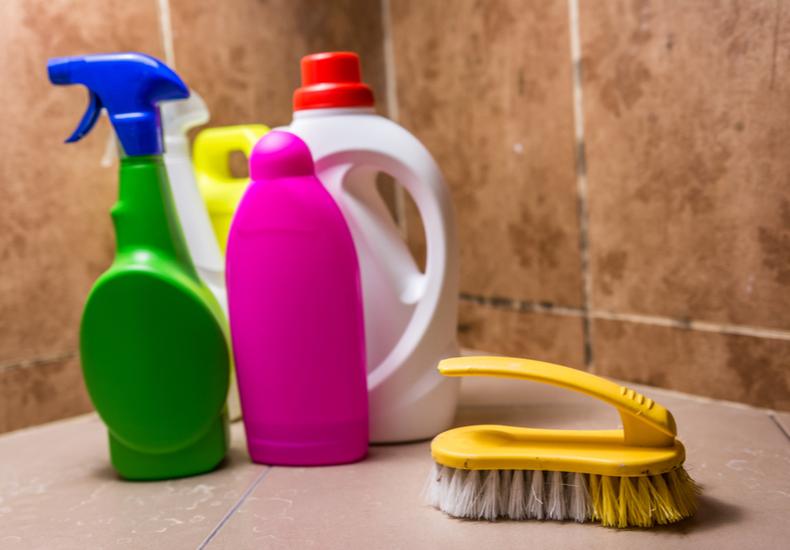 風呂掃除 道具 おすすめ 洗剤 カビ取り
