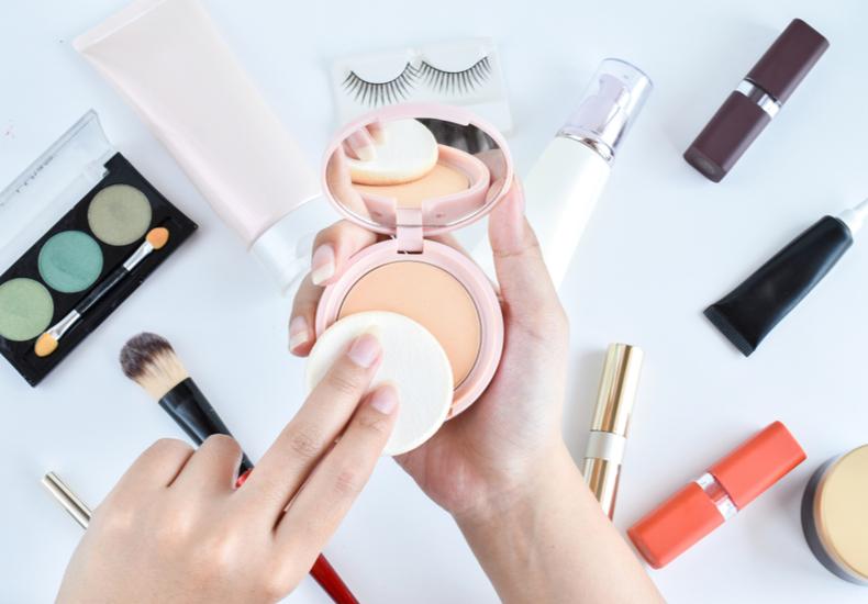 化粧直し おすすめ 人気 透明感 美肌 パウダー
