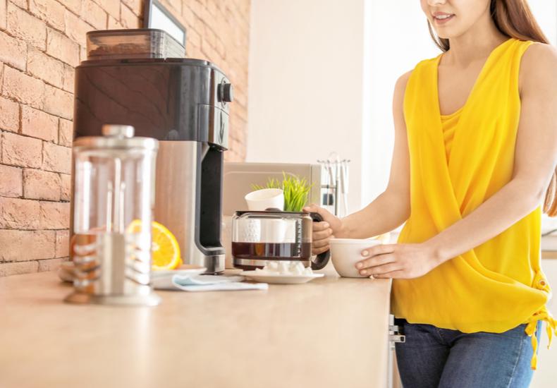 ミル付き コーヒーメーカー おすすめ                4杯 全自動