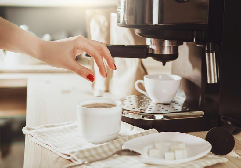ミル付き コーヒーメーカー おすすめ 便利 機能 蒸らし 浄水  タイマー 自動洗浄