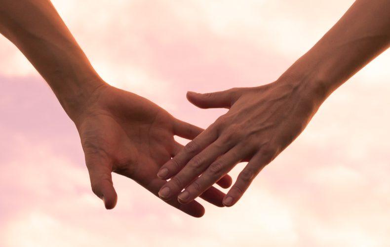 手を繋ぎたいと言われたときの男性の心理手のつなぎ方心理付き合う前手を繋ぐ心理手を繋がない理由女性からサイン手を繋げるタイミング手を繋ぐときのポイントアプローチ