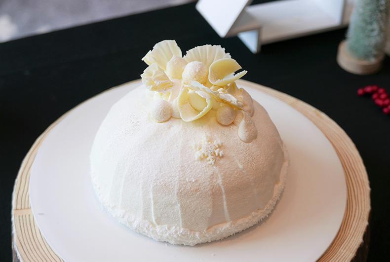 ストリングスホテル東京インターコンチネンタル クリスマスケーキ